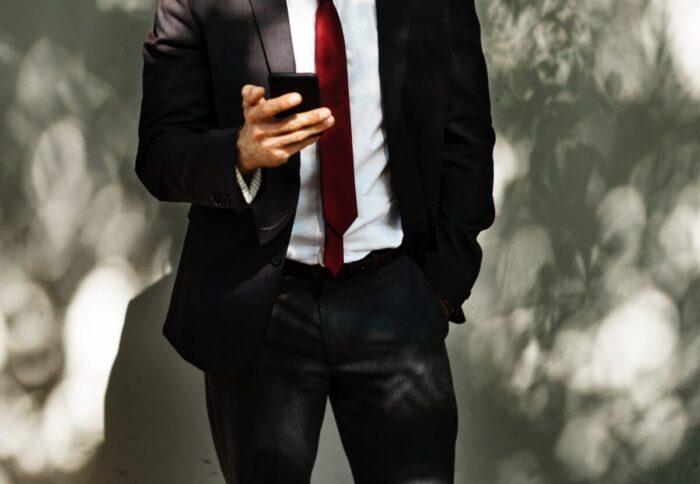スーツの値段による違いとは?良いスーツと悪いスーツの見分け方
