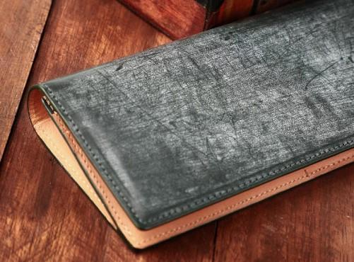 レザージーの財布がコスパ最高との噂。魅力やおすすめの財布10選を紹介!